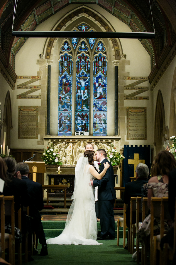 hertfordshire-christmas-wedding-photography-at-micklefield 21