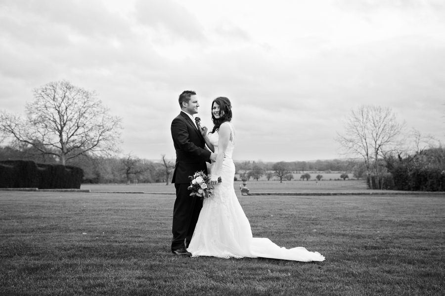 hertfordshire-christmas-wedding-photography-at-micklefield 35