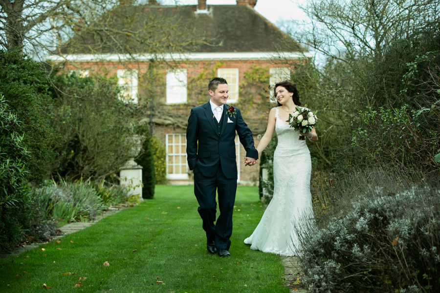 hertfordshire-christmas-wedding-photography-at-micklefield 36