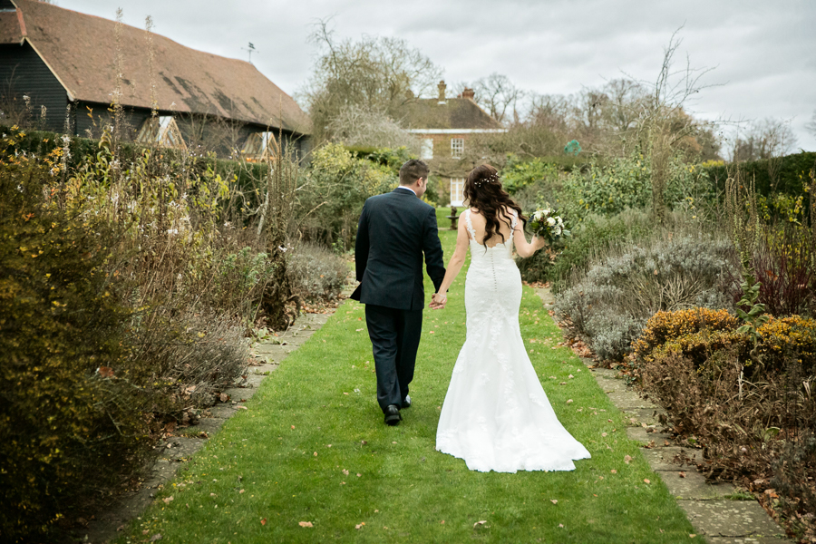 hertfordshire-christmas-wedding-photography-at-micklefield 39