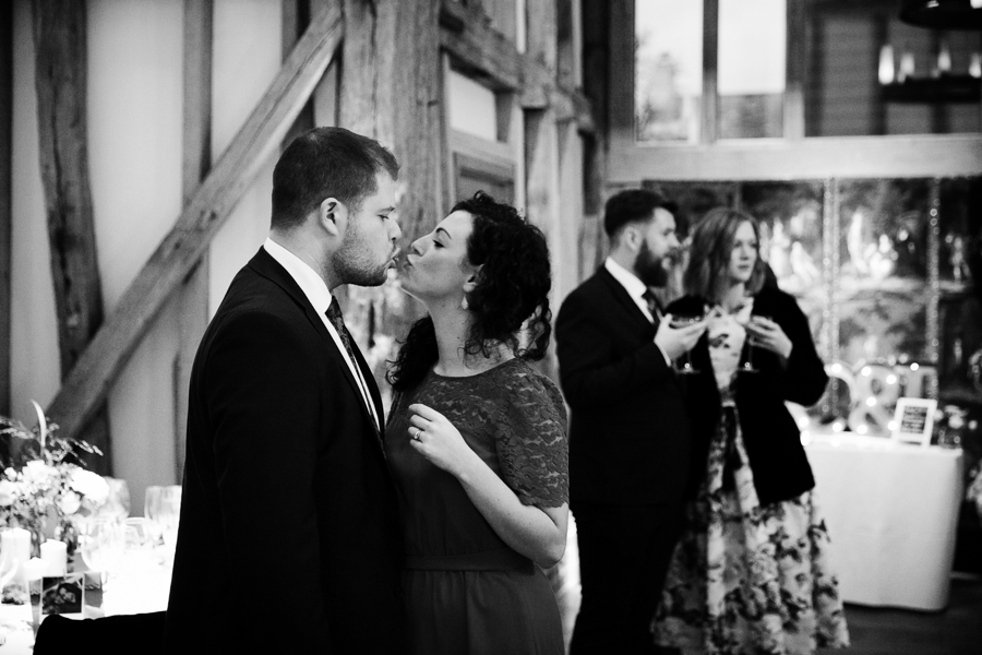 hertfordshire-christmas-wedding-photography-at-micklefield 42