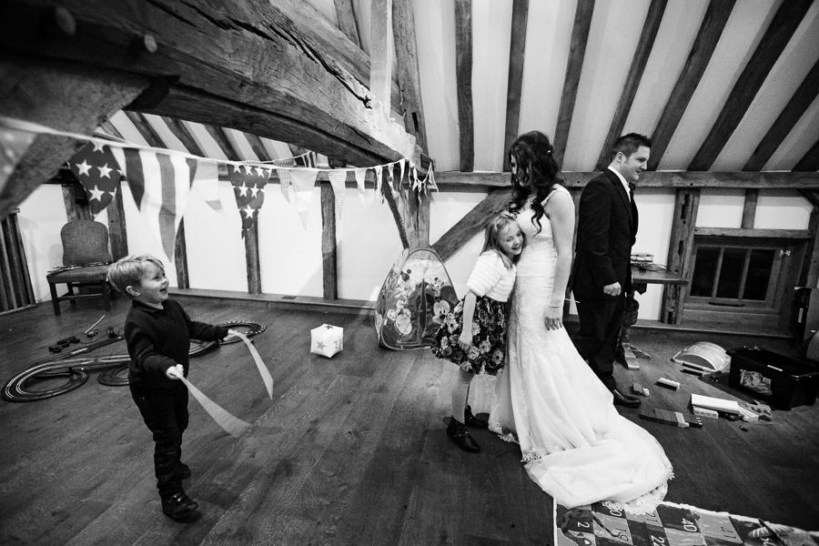hertfordshire-christmas-wedding-photography-at-micklefield 50