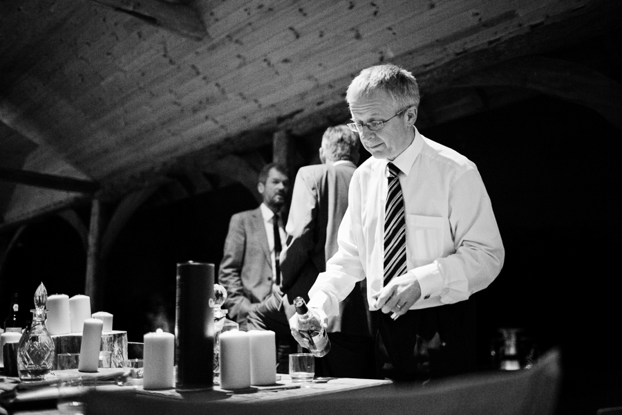 hertfordshire-christmas-wedding-photography-at-micklefield 72