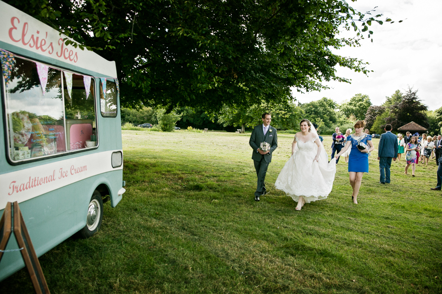 hertfordshire-wedding-photography-at-ashridge-house 31