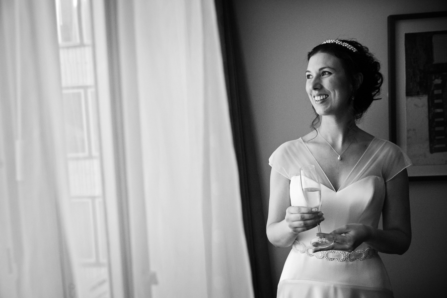 london-documentary-wedding-photography-at-stationers-hall 09