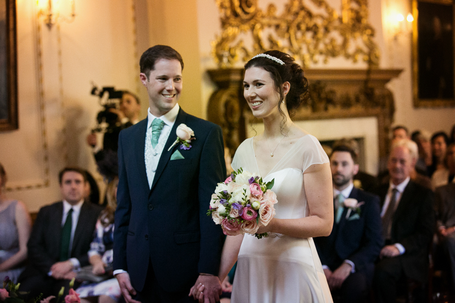 london-documentary-wedding-photography-at-stationers-hall 23