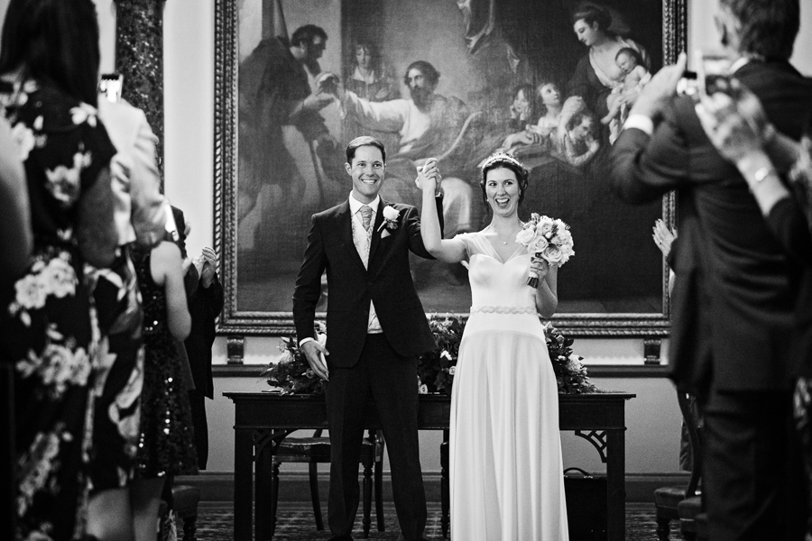 london-documentary-wedding-photography-at-stationers-hall 32