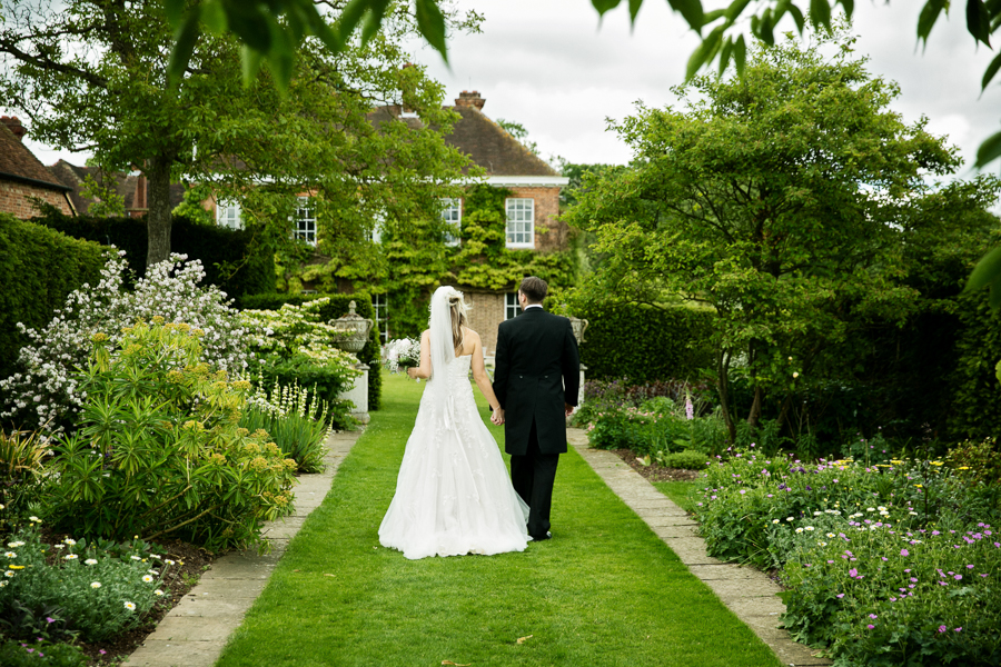 hertfordshire-wedding-photography-at-micklefield-hall 38
