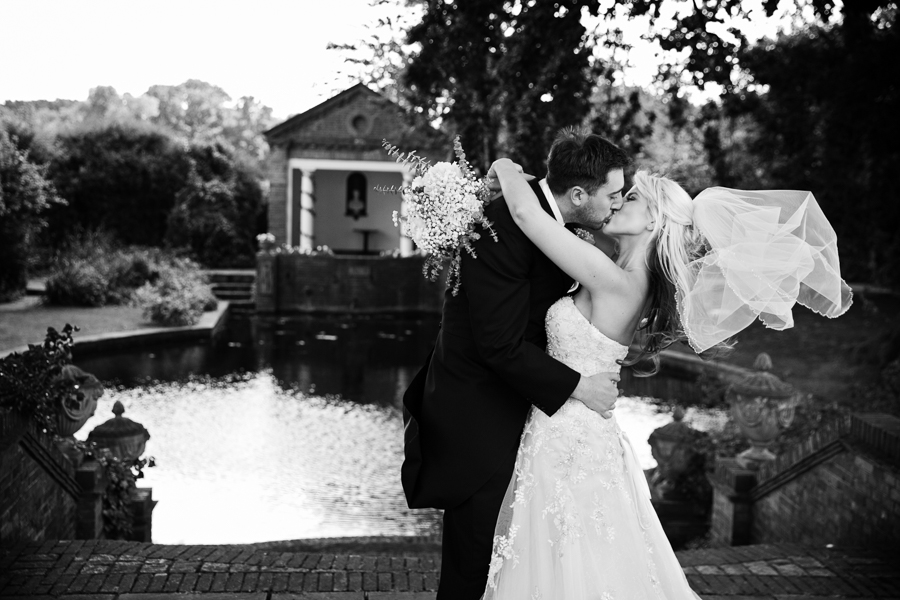 hertfordshire-wedding-photography-at-micklefield-hall 49