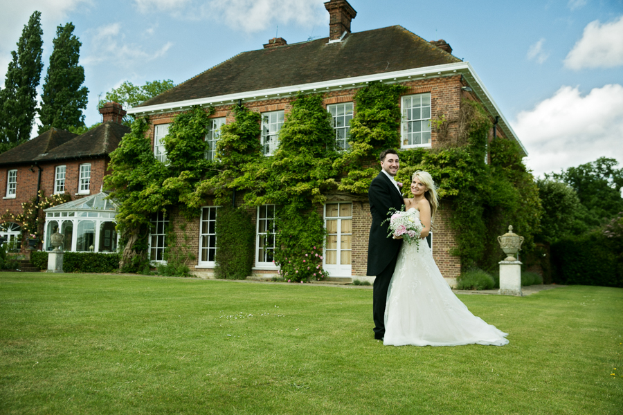 hertfordshire-wedding-photography-at-micklefield-hall 50