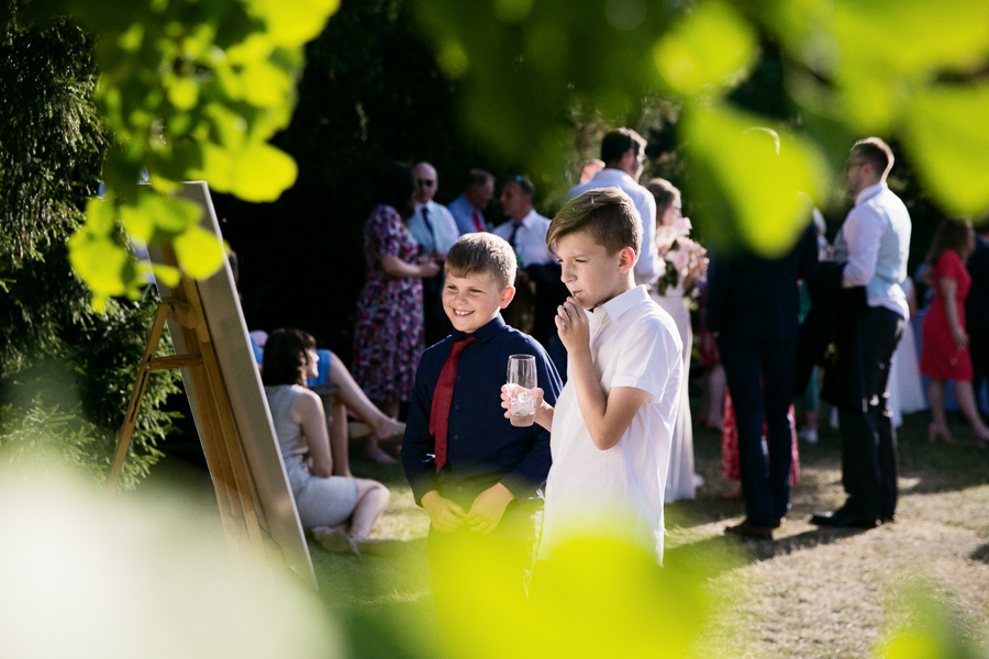 kew-gardens-summer-wedding-photography-059.jpg