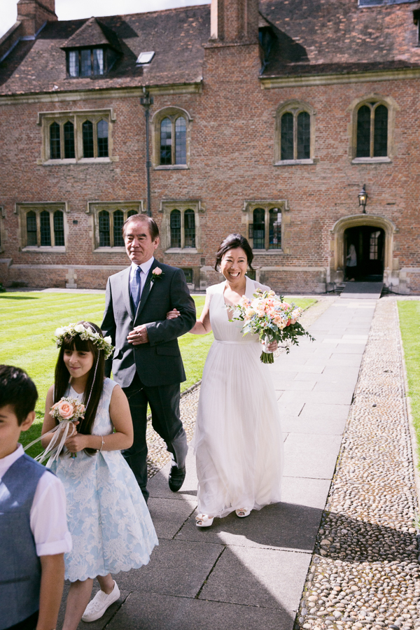 magdalene-college-cambridge-wedding-photography-027.jpg
