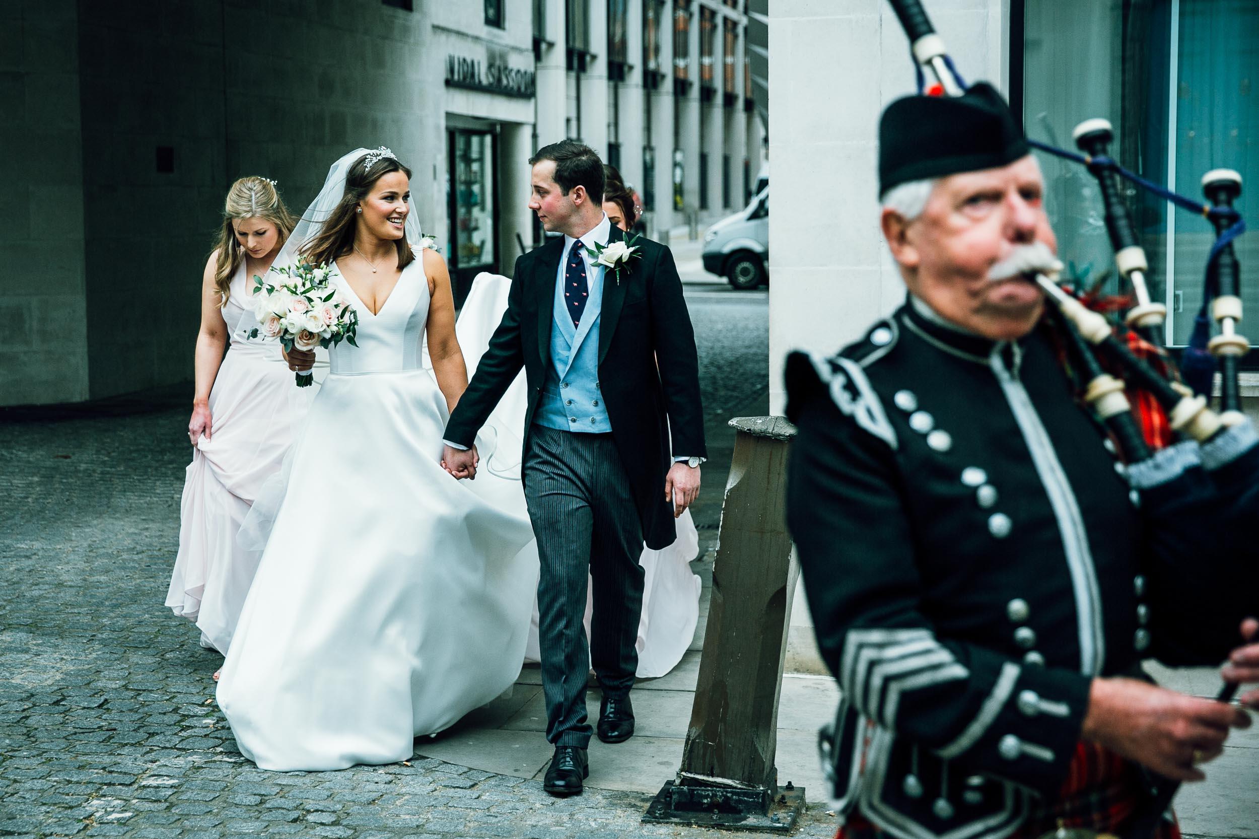 stationers-hall-wedding-photographer-london 052.jpg