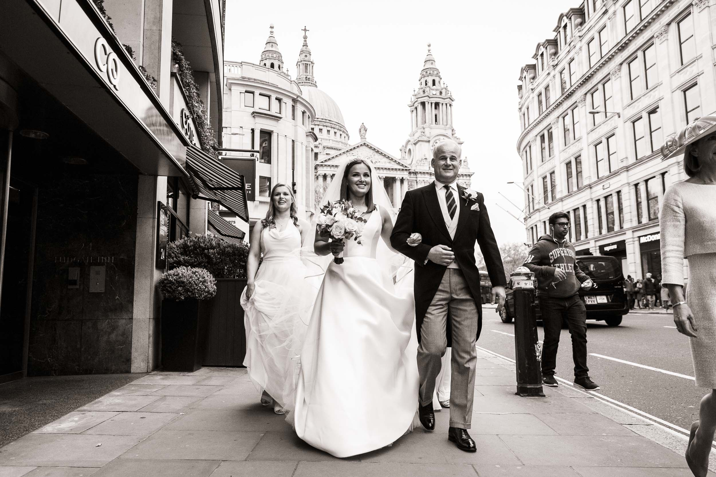 stationers-hall-wedding-photographer-london 022.jpg