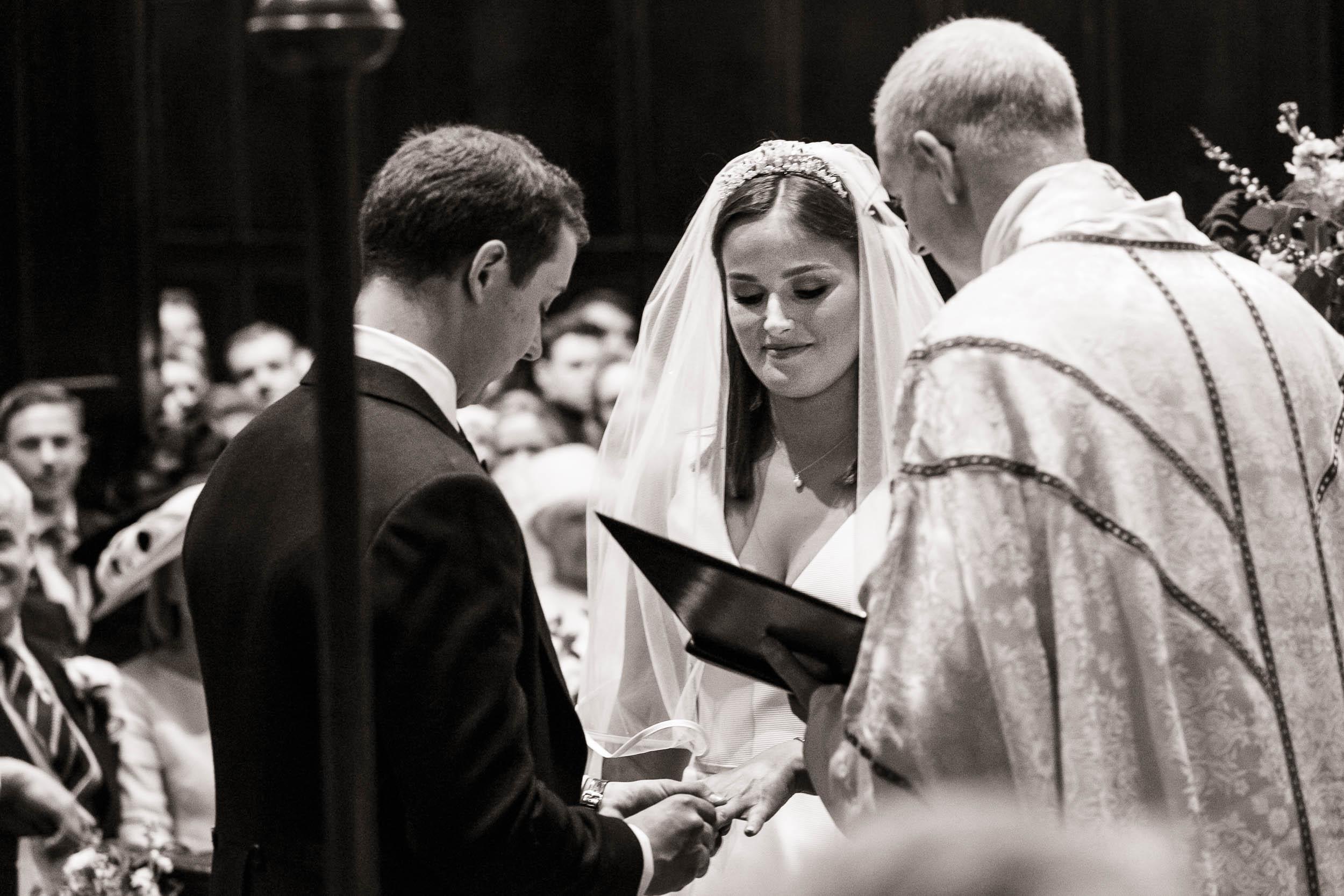 stationers-hall-wedding-photographer-london 040.jpg