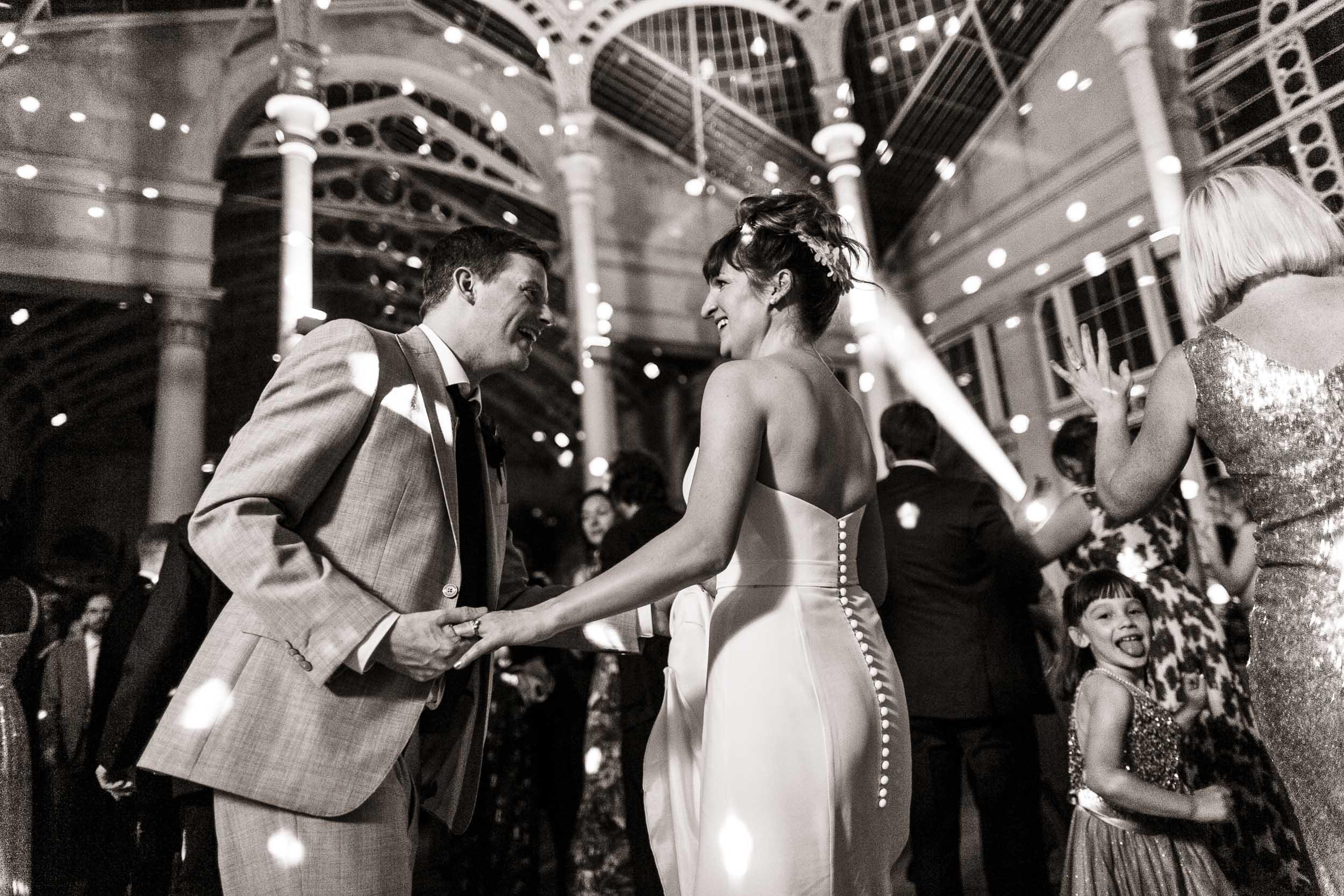 syon-house-wedding-photographer-london 164.jpg