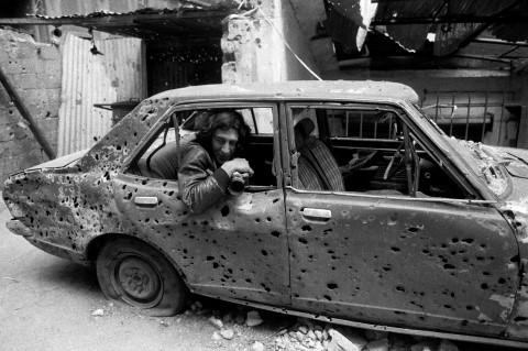 Christian Poveda durante la cobertura de la guerra en Líbano - 1980