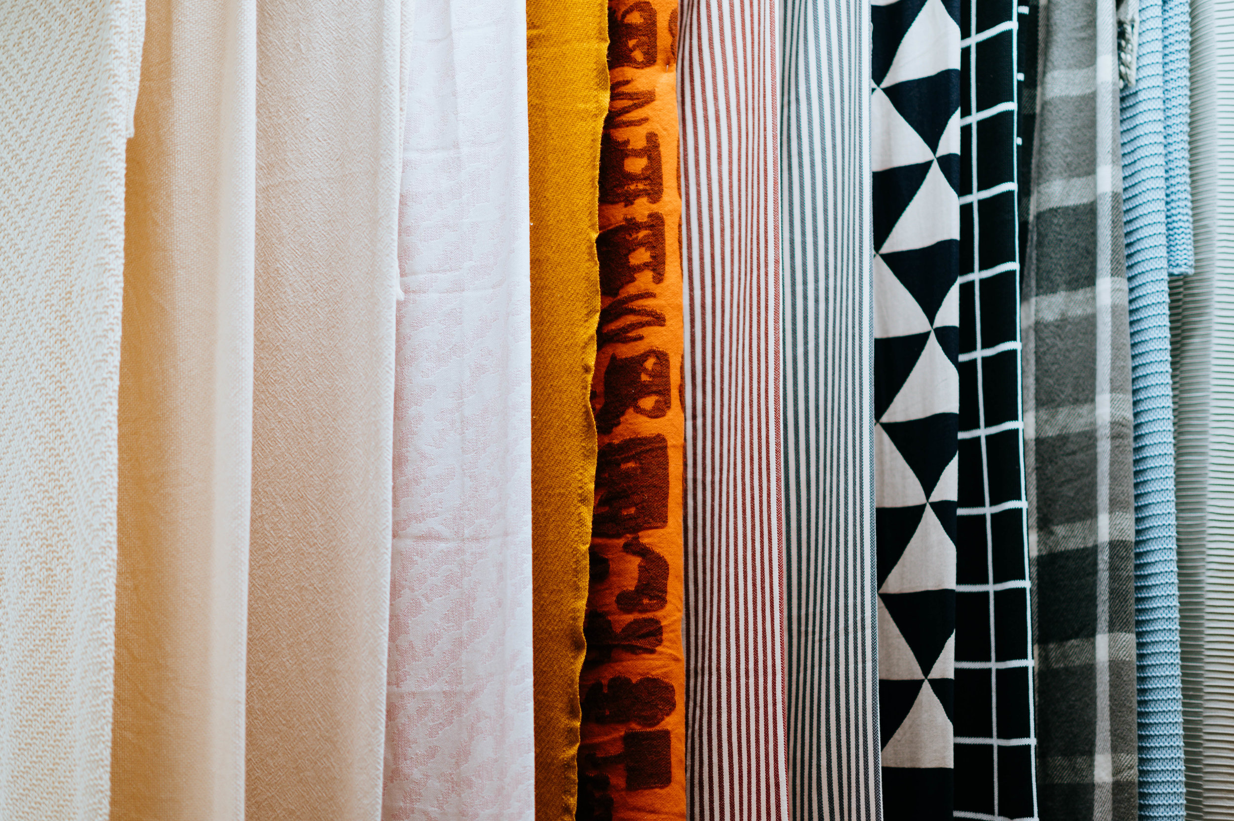 Build your own tie rack in just a few minutes