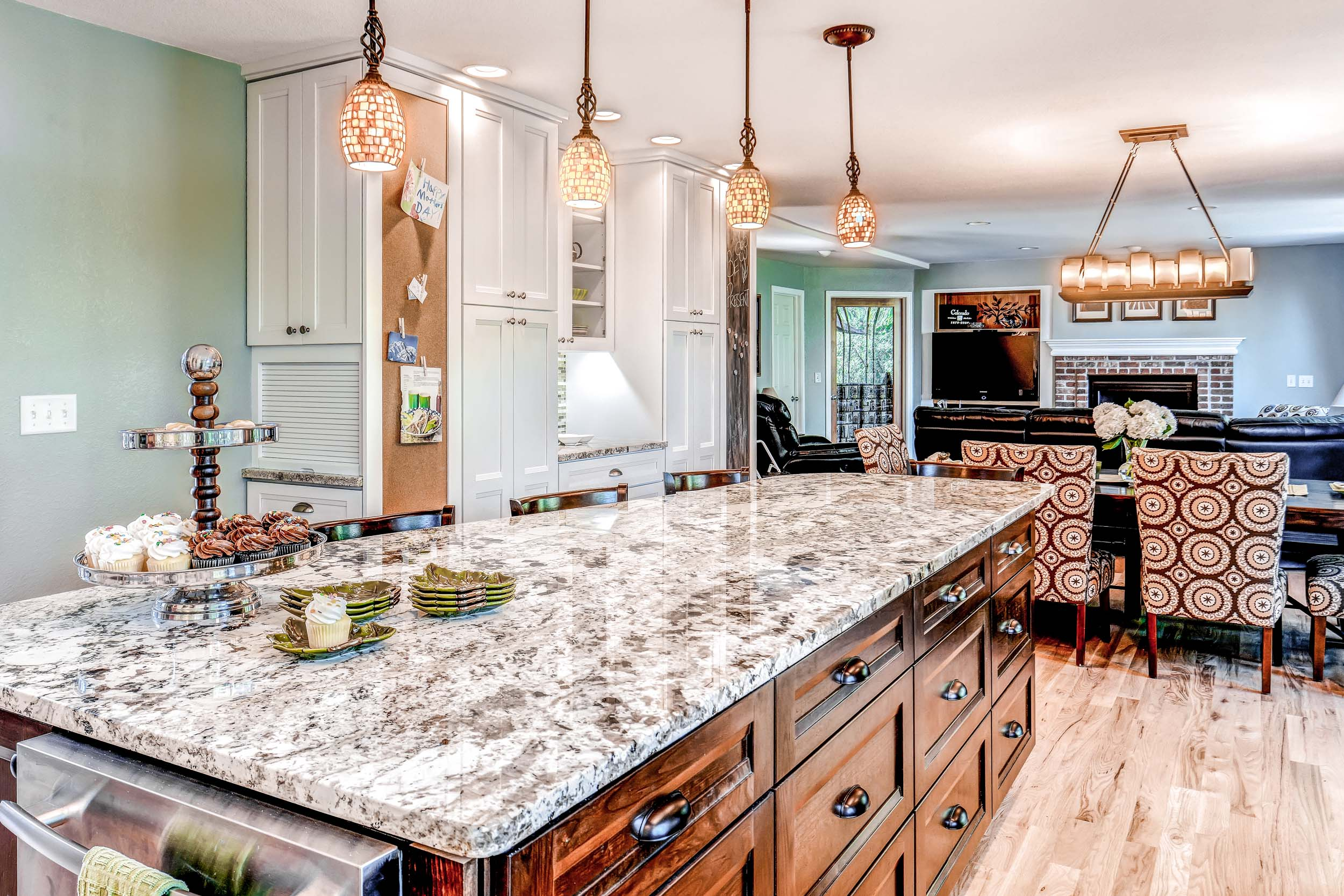 Haven Interiors Inviting Heart Kitchen 15B