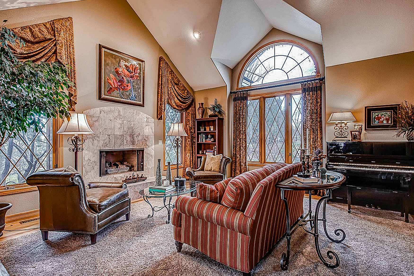 Haven-Interiors-Southern-Belle-Living-RoomB.jpg