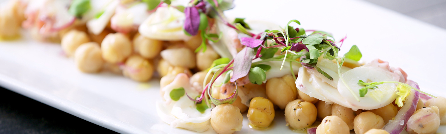experienced chefs at Nine One Five can prepare a menu for any wedding reception or special event