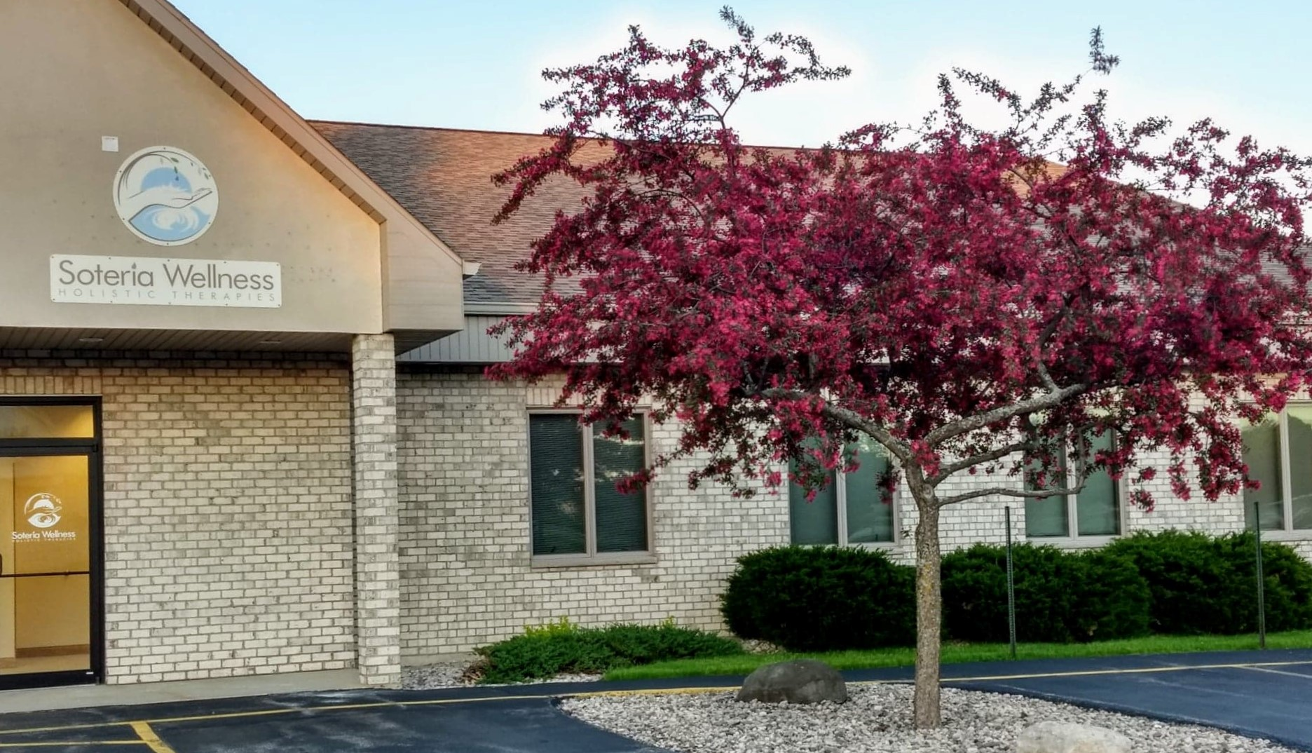 OUR CENTER OR HOME CRABAPPLE.jpg