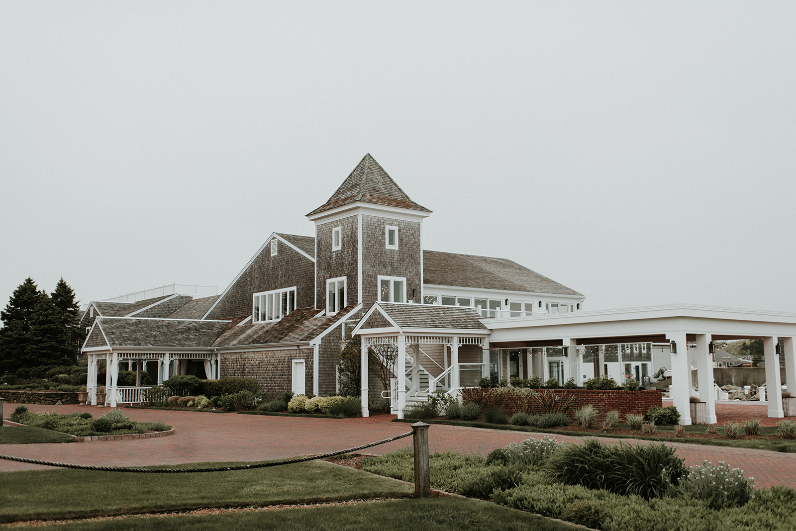 coastal-cape-cod-wedding-wychmere-beach-club-daylynn-designs-11.jpg