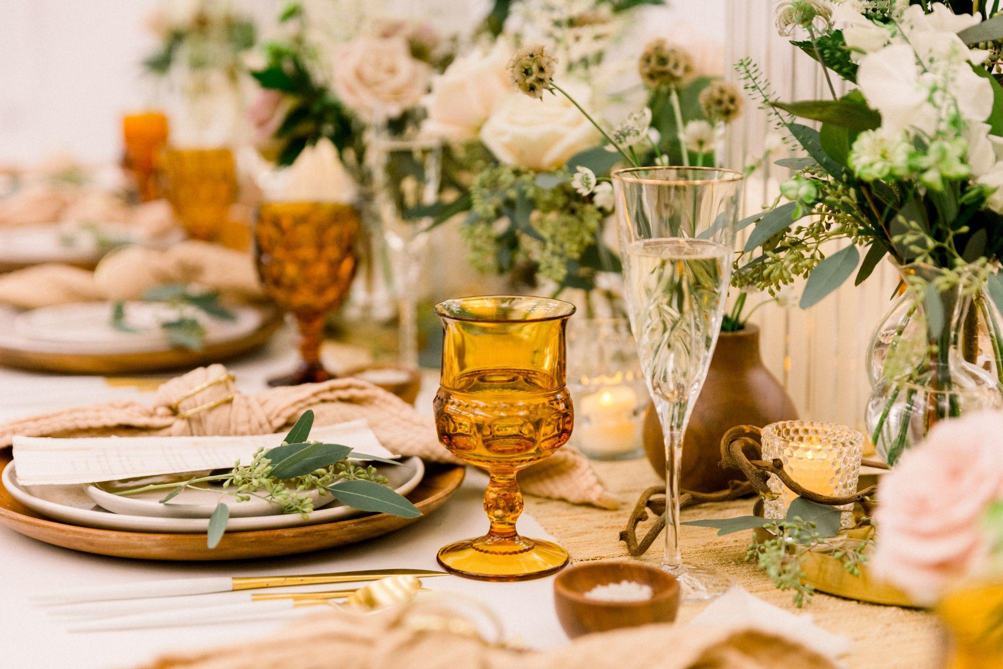 artists-for-humanity-industrial-bohemian-wedding-daylynn-designs240.jpg