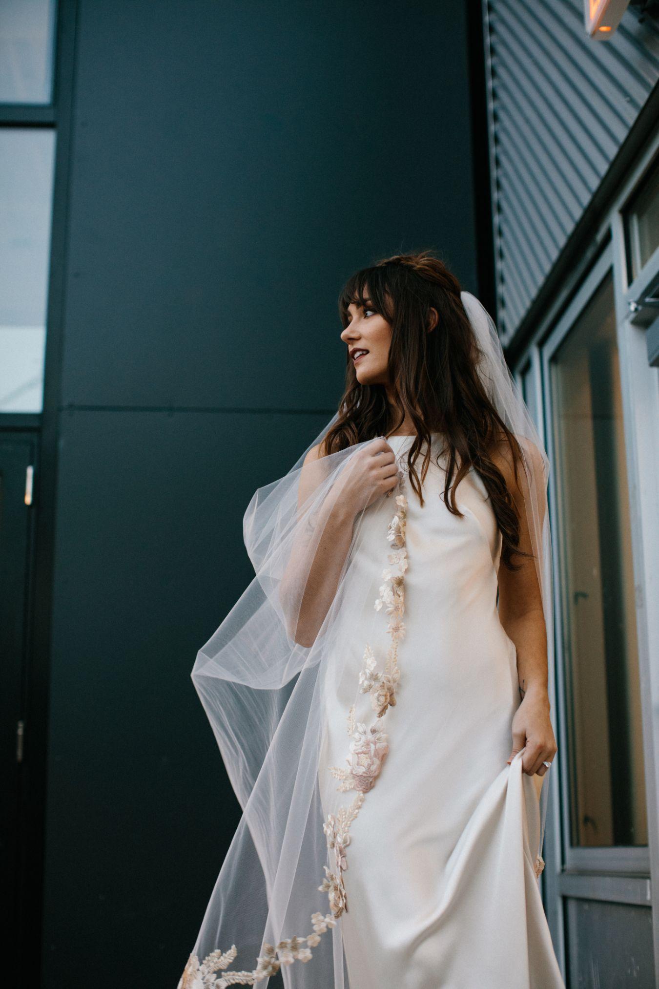 artists-for-humanity-industrial-bohemian-wedding-daylynn-designs177.jpg