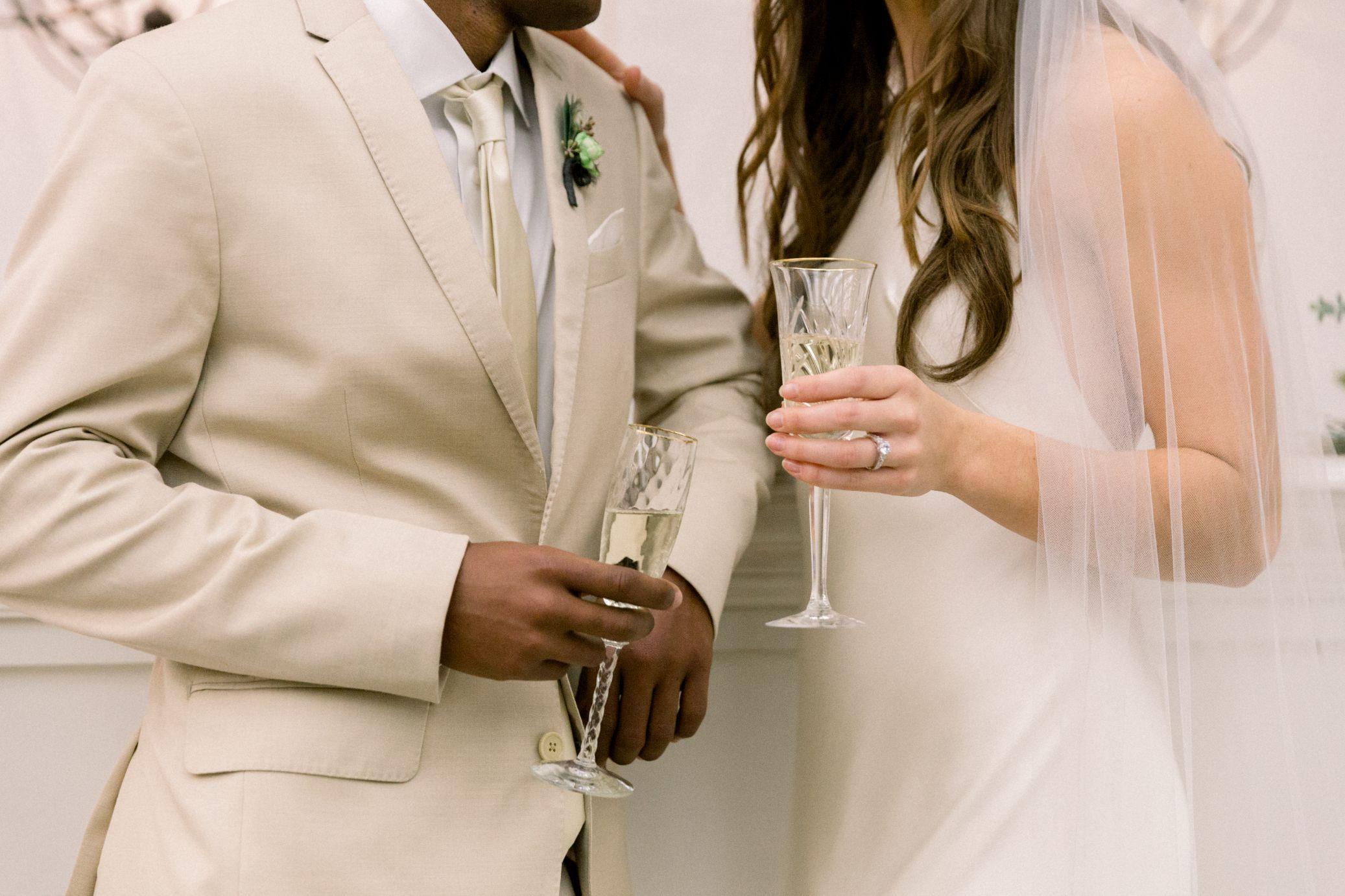 artists-for-humanity-industrial-bohemian-wedding-daylynn-designs350.jpg