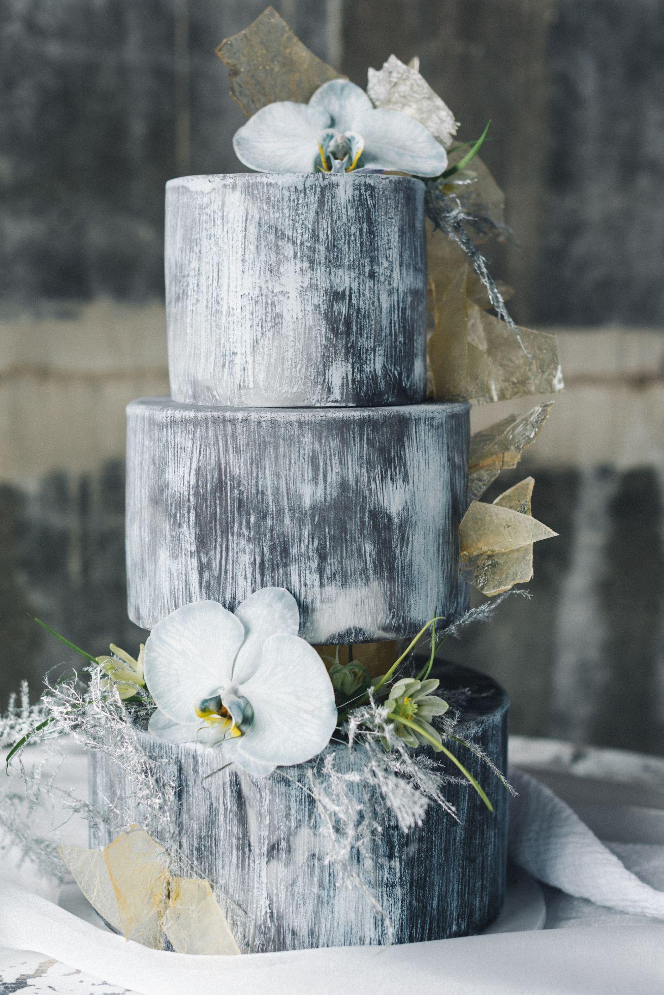 olio-peabody-boston-lesbian-wedding-style-daylynn-designs1.jpg