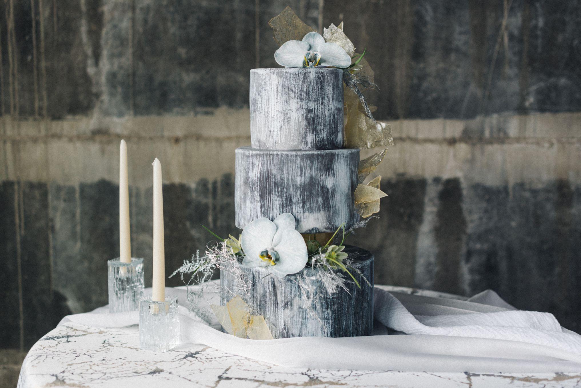olio-peabody-boston-lesbian-wedding-style-daylynn-designs2.jpg