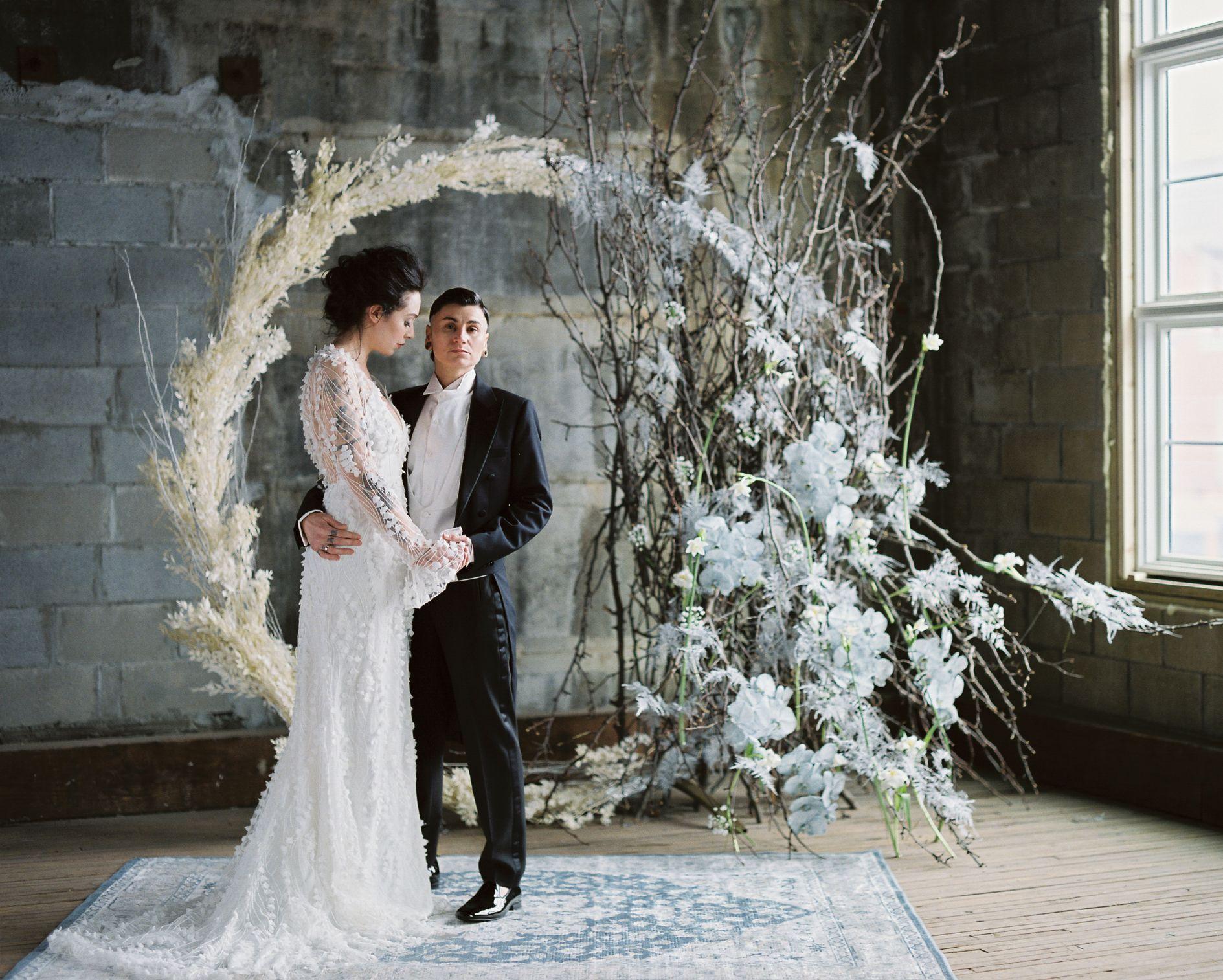 olio-peabody-boston-lesbian-wedding-style-daylynn-designs5 2.jpg