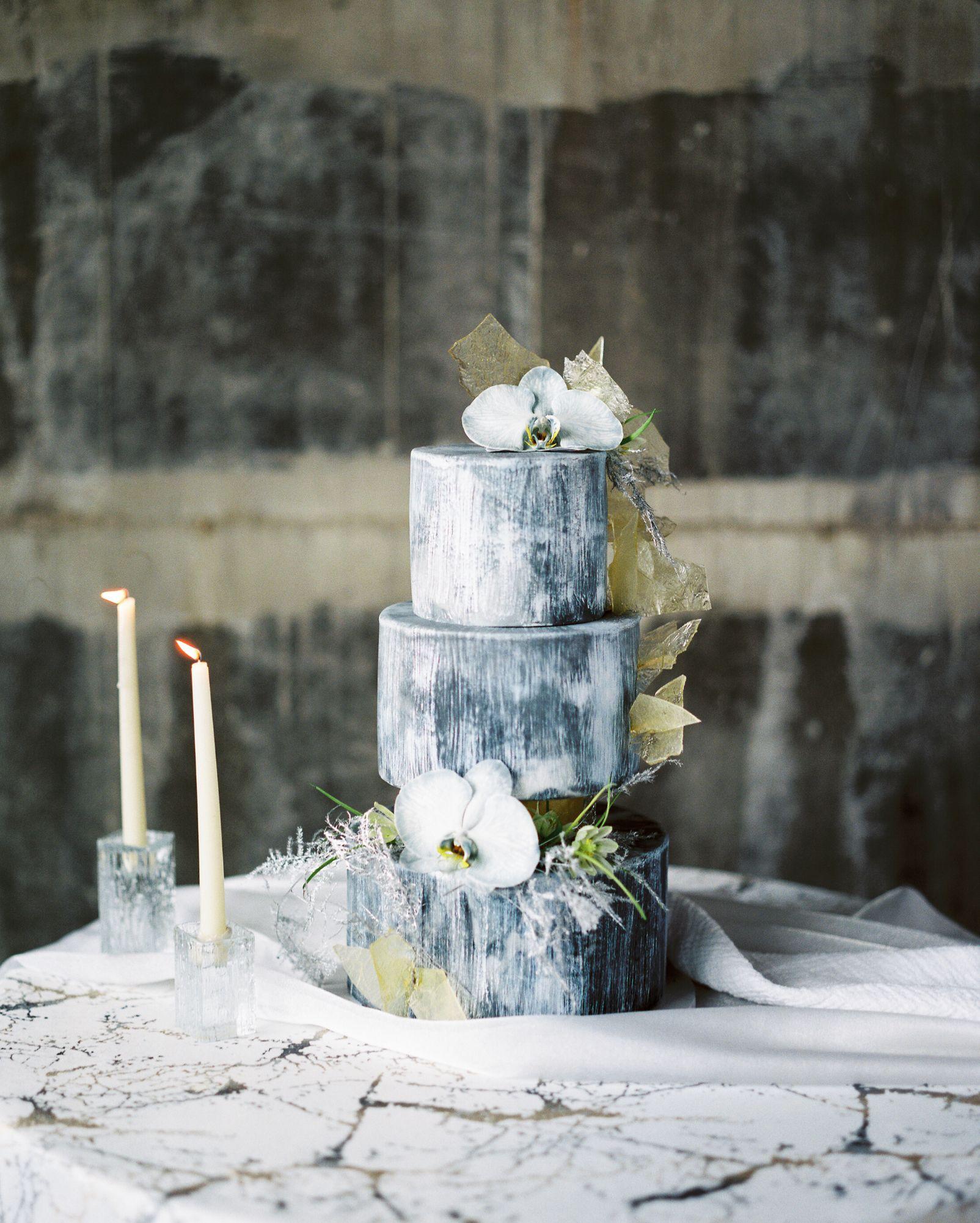 olio-peabody-boston-lesbian-wedding-style-daylynn-designs6 2.jpg