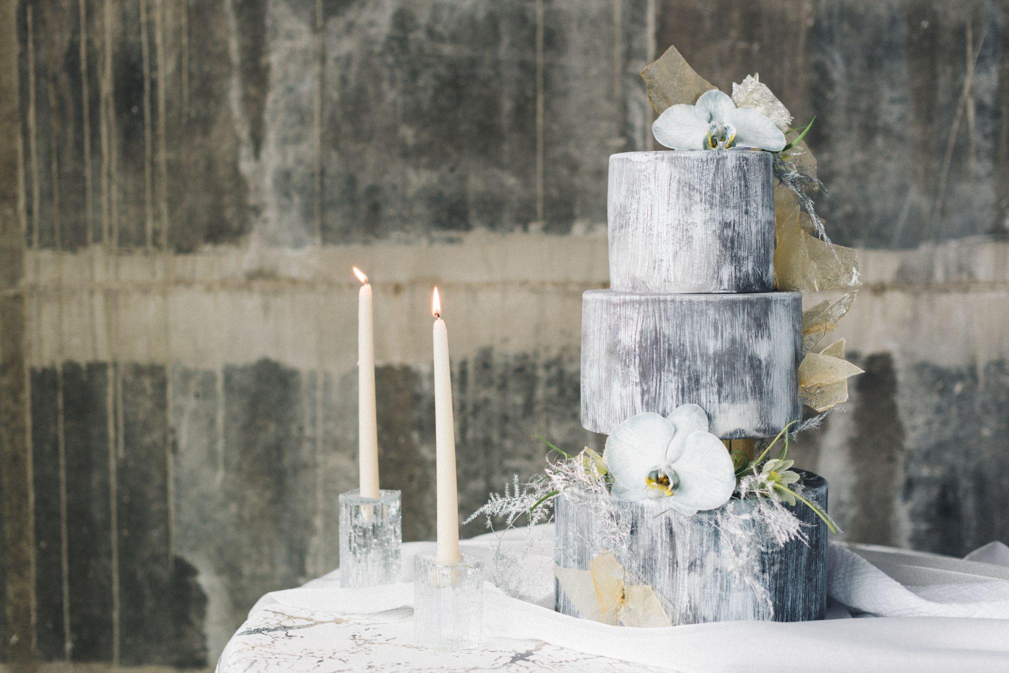 olio-peabody-boston-lesbian-wedding-style-daylynn-designs6.jpg