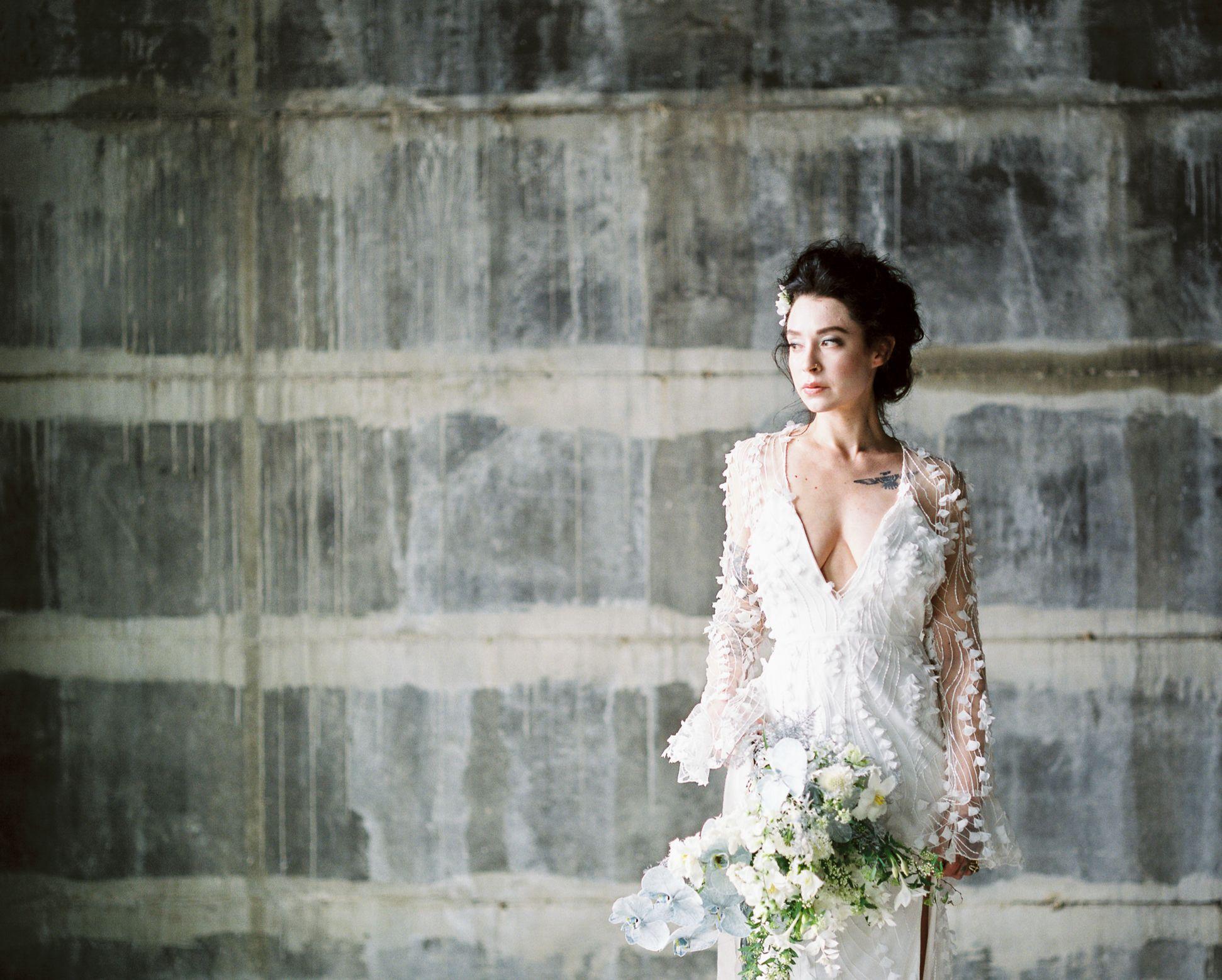 olio-peabody-boston-lesbian-wedding-style-daylynn-designs7 2.jpg