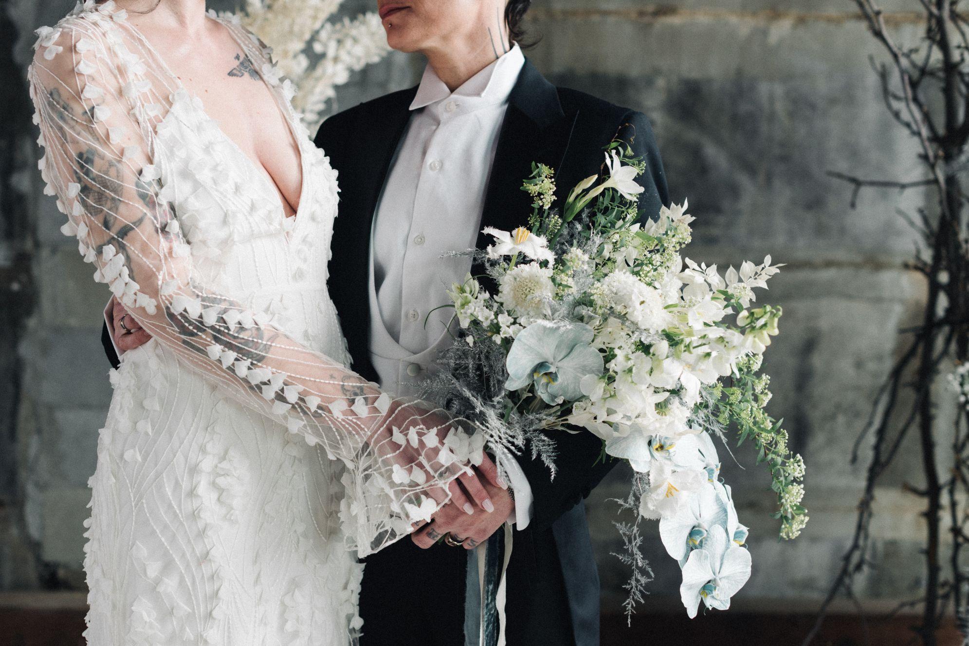 olio-peabody-boston-lesbian-wedding-style-daylynn-designs14.jpg