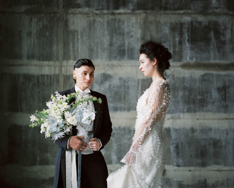 olio-peabody-boston-lesbian-wedding-style-daylynn-designs16 2.jpg
