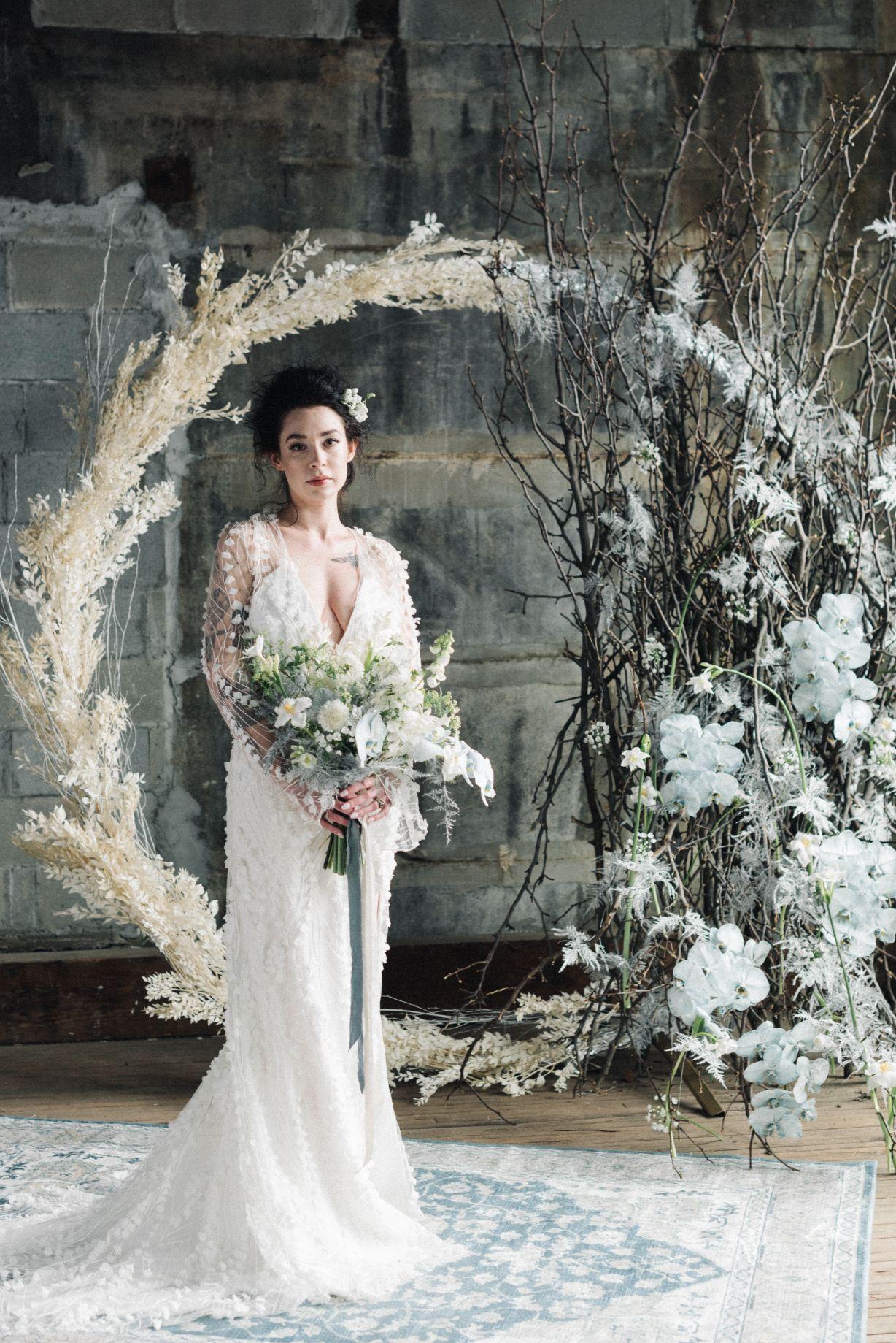olio-peabody-boston-lesbian-wedding-style-daylynn-designs17.jpg