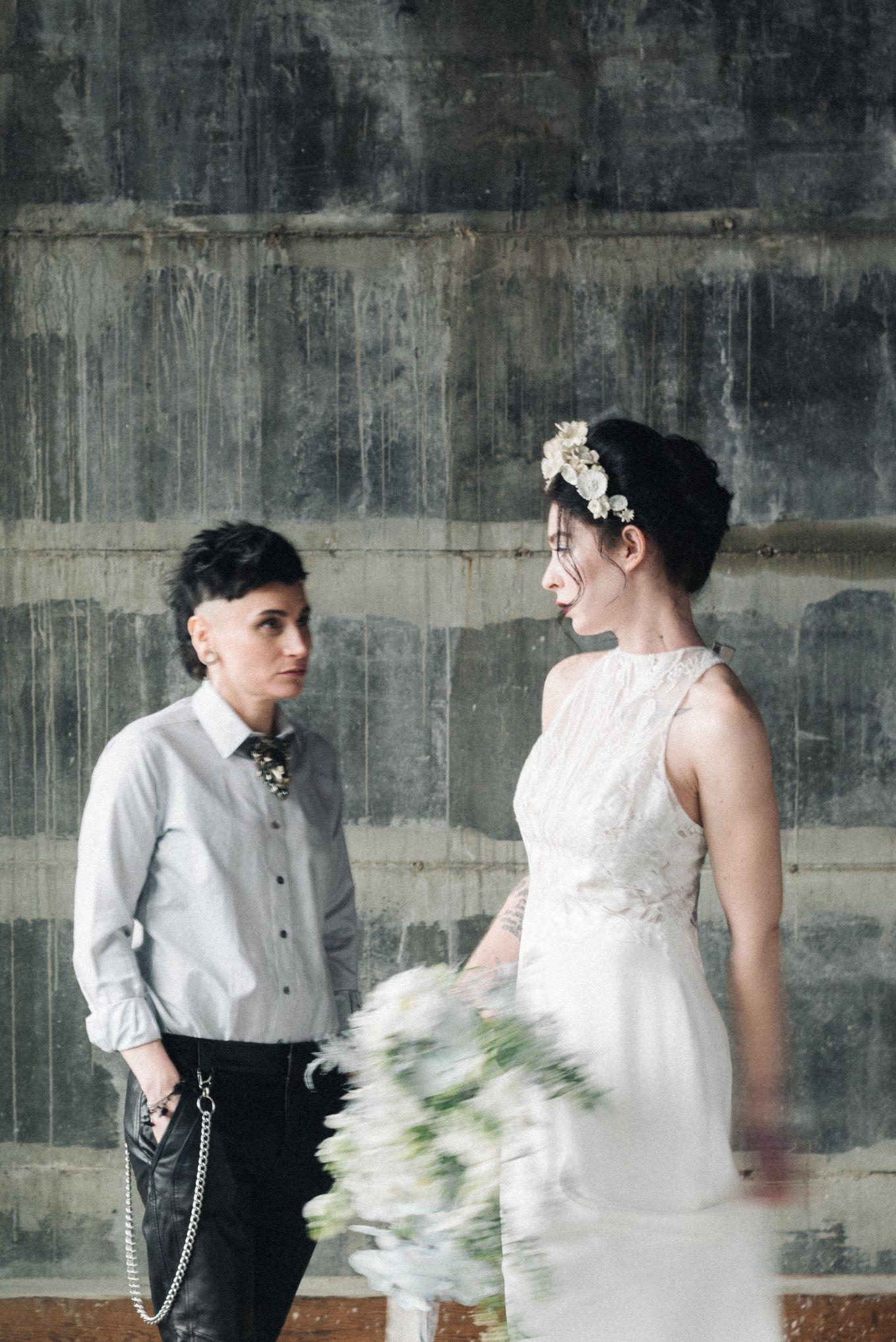 olio-peabody-boston-lesbian-wedding-style-daylynn-designs101.jpg