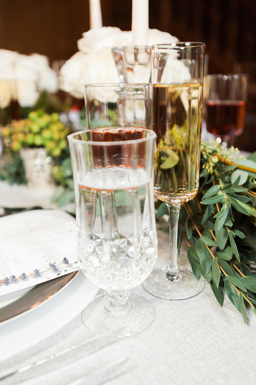 winter-glitz-wedding-inspiration-dane-estate-daylynn-designs15.jpg