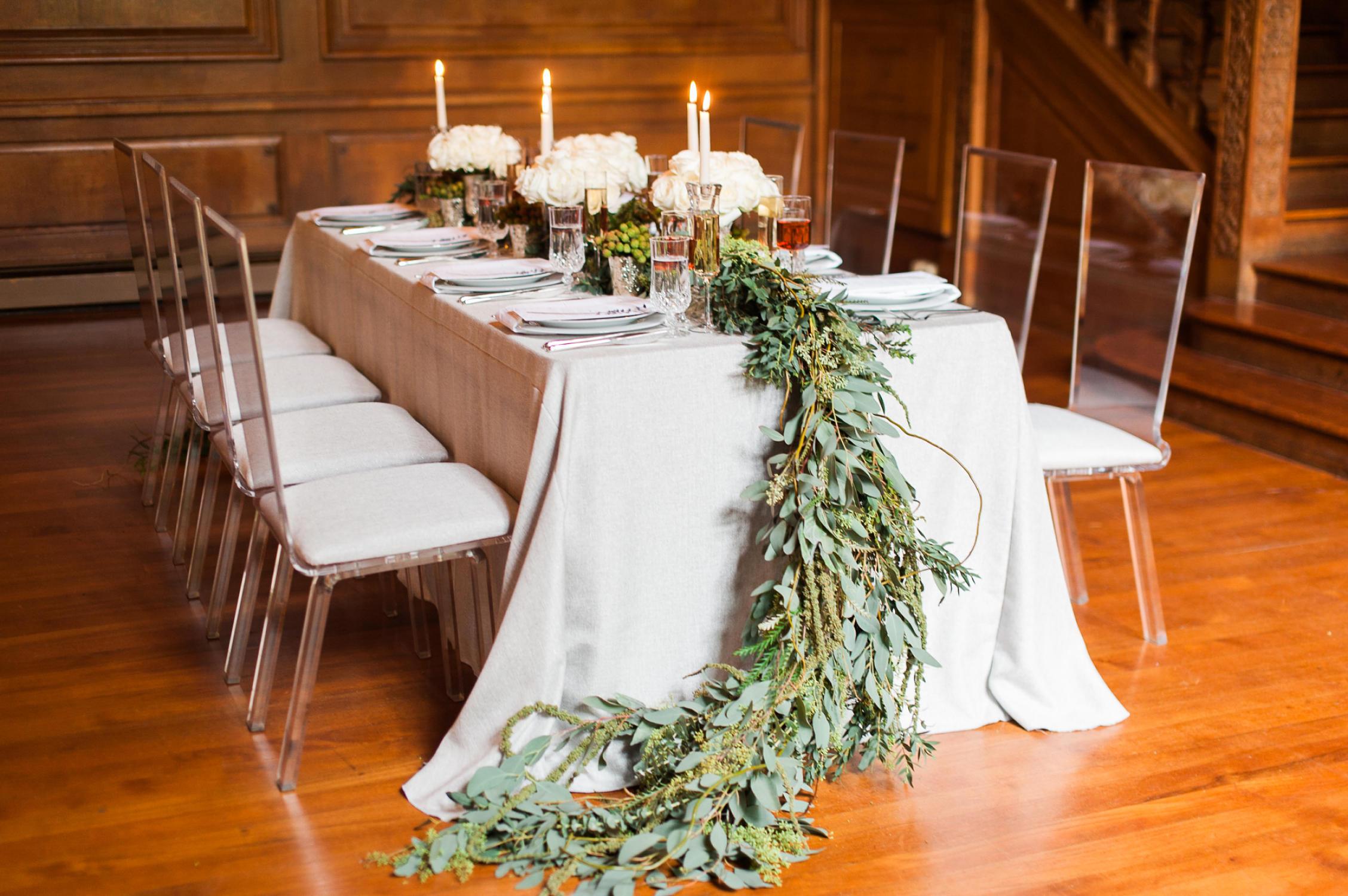 winter-glitz-wedding-inspiration-dane-estate-daylynn-designs16.jpg