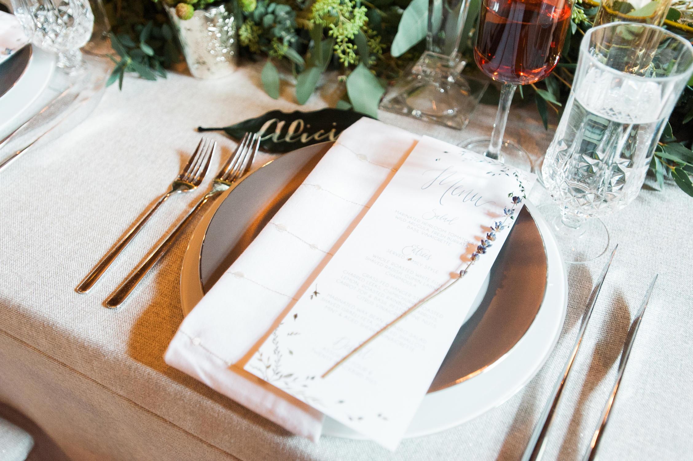 winter-glitz-wedding-inspiration-dane-estate-daylynn-designs18.jpg