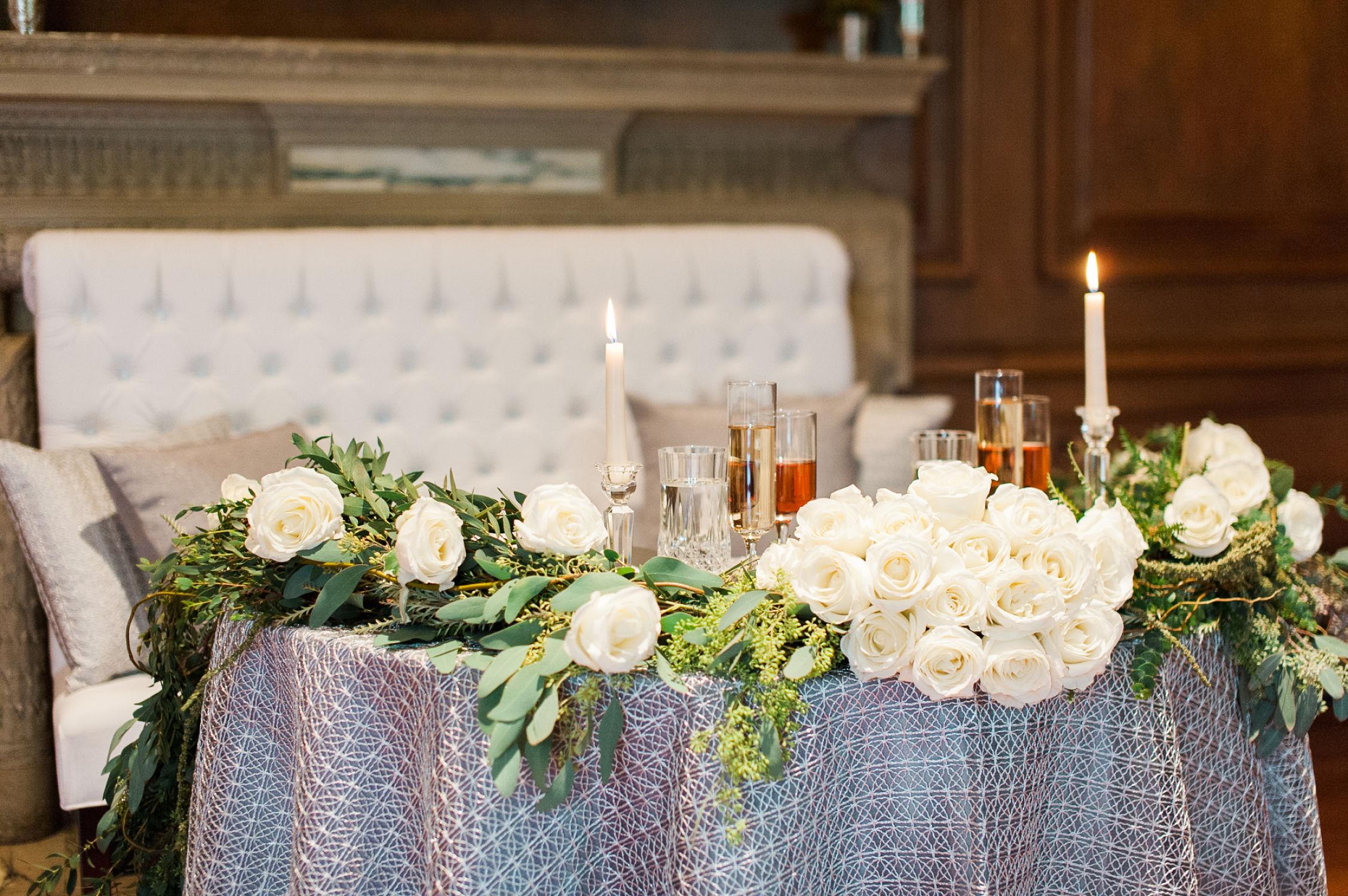 winter-glitz-wedding-inspiration-dane-estate-daylynn-designs24.jpg