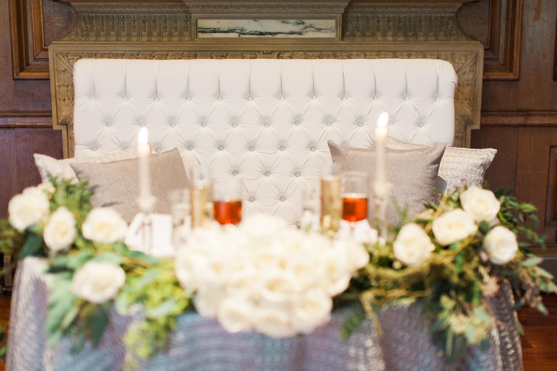 winter-glitz-wedding-inspiration-dane-estate-daylynn-designs26.jpg
