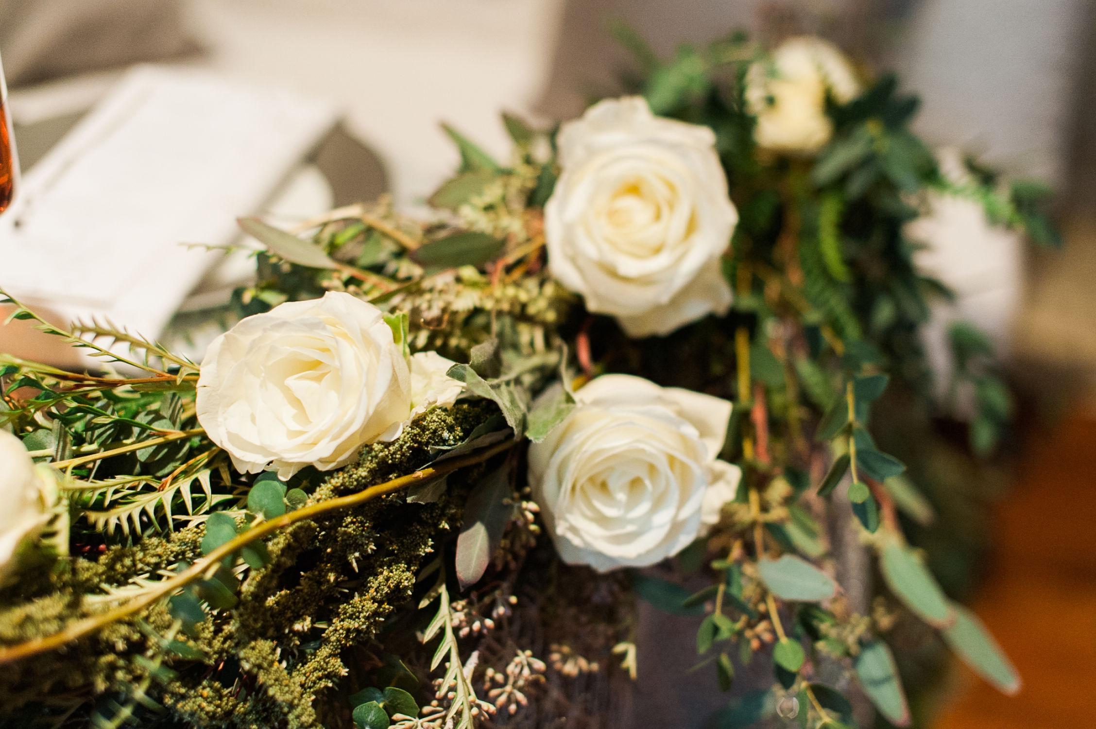 winter-glitz-wedding-inspiration-dane-estate-daylynn-designs27.jpg