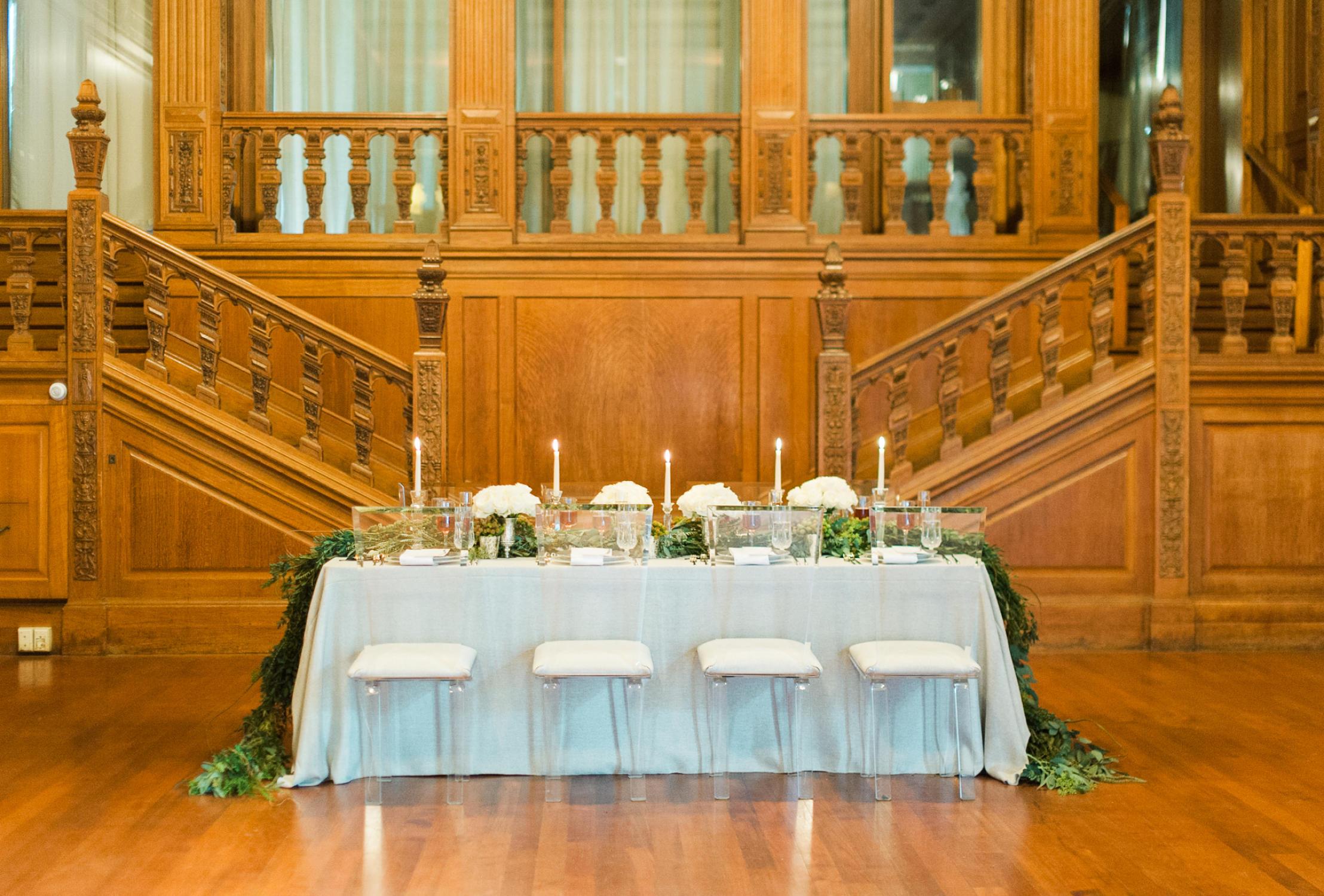 winter-glitz-wedding-inspiration-dane-estate-daylynn-designs37.jpg