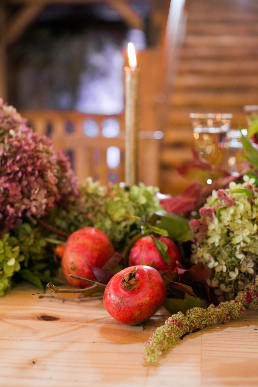 rustic-fall-friendsgiving-red-lion-cohasset-daylynn-designs114.jpg