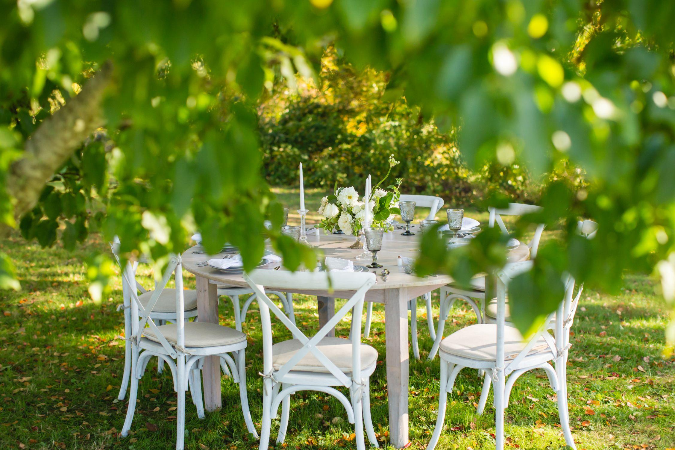 elevated-locale-bourne-farm-falmouth-wedding-daylynn-designs159.jpg