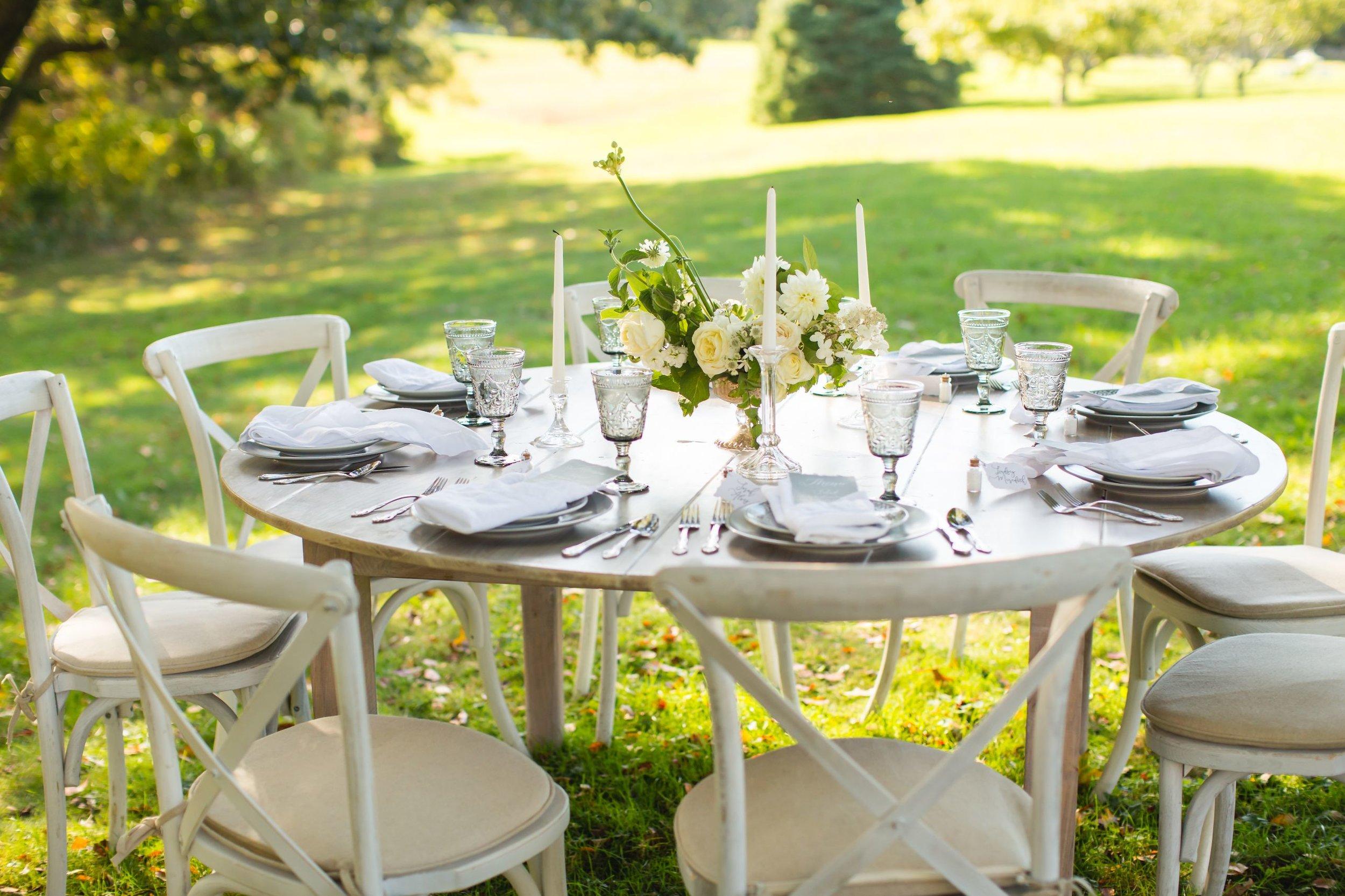 elevated-locale-bourne-farm-falmouth-wedding-daylynn-designs144.jpg